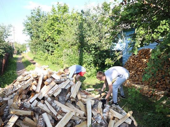 В Кирове волонтеры Союза садоводов помогают пожилым людям