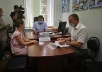 Для регистрации кандидатом в Госдуму от Псковской области Александр Козловский подал пакет документов в избикром