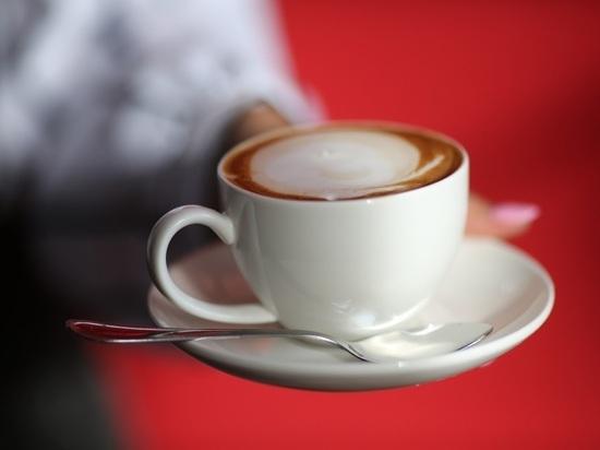 Ученые: чашка кофе снижает риск аритмии на 3%