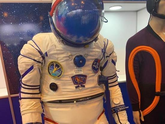 Гендиректор НПО «Звезда» рассказал об эволюции космических скафандров: можно отстегнуть половину