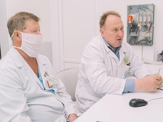 В Кирове хпровели операцию по установке самораскрывающегося стента