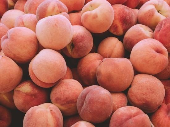 В Брянскую область запретили ввоз 10 тонн персиков из Турции
