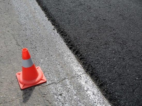 В Волгограде на улице Добрушина завершается устройство основания дороги