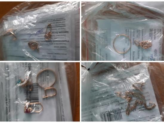 В Томской области задержали подозреваемого в краже ювелирных изделий
