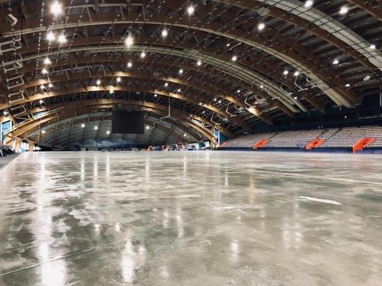 В ЛДК «Кузбасс» начали заливку льда для Кубка России по хоккею с мячом