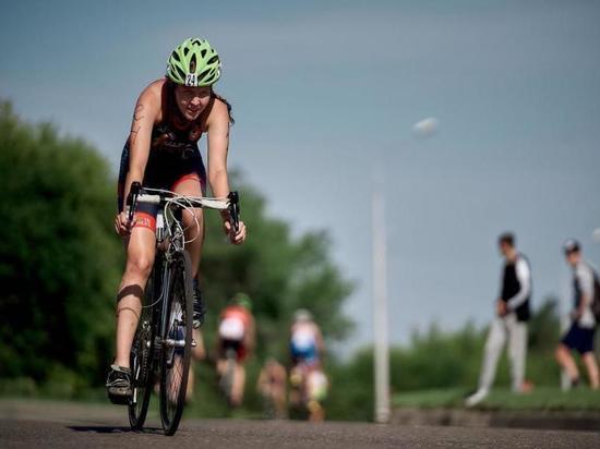 Неизвестный сбил спортсменку на велосипеде и скрылся с места ДТП в Чите