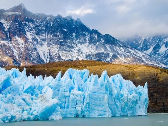 В ледниках Тибета обнаружены вирусы, которым 15000 лет