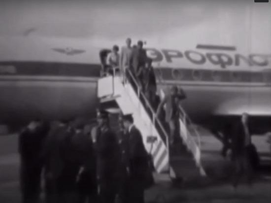 45 лет назад в мурманском аэропорту приземлился первый самолет