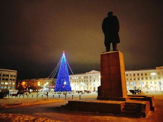 2022 год Йошкар-Ола встретит с новой главной елкой