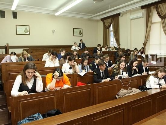 За обучение «фиктивных студентов» уволили трех директоров колледжей в Татарстане