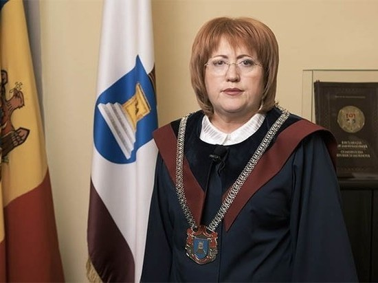 КС Молдовы вернул посольству США территорию Республиканского стадиона