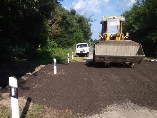 В Курской области продлили до конца июля срок ремонта разрушенной ливнем дороги