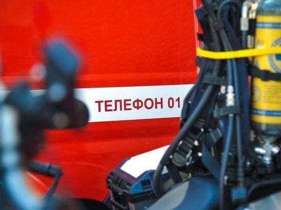 На трассе в Волгоградской области загорелась фура