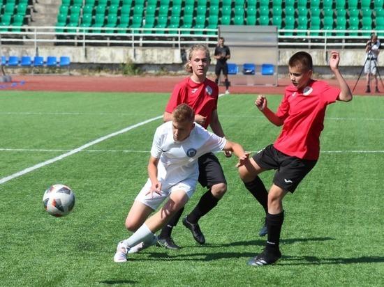 Петрозаводские футболисты держатся на втором месте в юношеской лиге Северо-запада