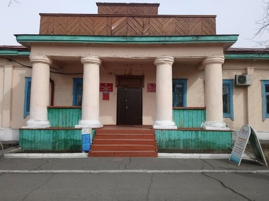 В Кызыле начался ремонт здания бывшего представительства СССР