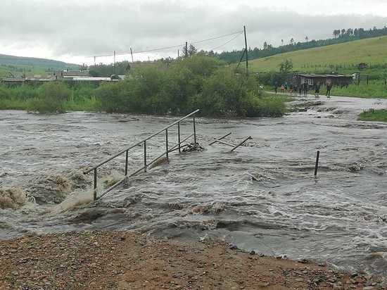 Вода снесла 4 моста в Забайкалье, Шилку готовят к эвакуации