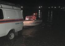 В столице Тувы  ищут мужчину, спрыгнувшего с моста в реку