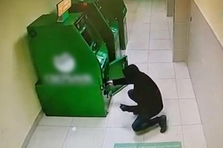 Костромское УМВД отчиталось о поимке неудачливого взломщика банкоматов