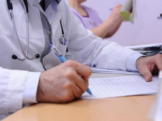 Медики назвали необычные симптомы развития онкологии яичников