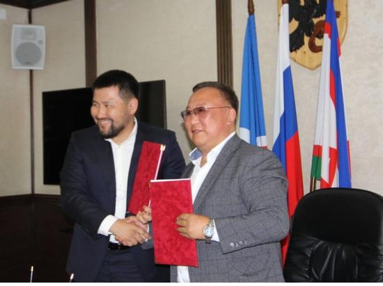 Главы Якутска и Мегино-Кангаласского улуса подписали соглашение о сотрудничестве