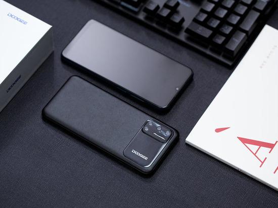 Новый флагман Doogee N40 Pro готовится к завоеванию российского рынка мобильных устройств