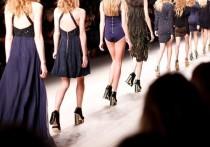 """Бывшая ассистентка главреда американского Vogue, легенды мировой модной журналистики Анны Винтур рассказала несколько секретов о """"кухне"""" глянца"""