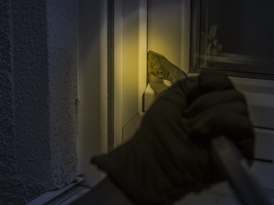 В Рубцовске задержали подозреваемого в краже ювелирного магазина