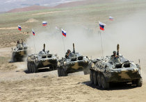 Масштабные военные учения дислоцированной в Таджикистане 201-й российской военной базы начались вблизи афгано-таджикской границы
