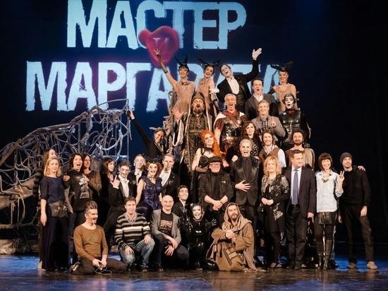 Смольный взялся за культуру, но не за всю: театру «ЛДМ Новая сцена» по-прежнему грозит выселение