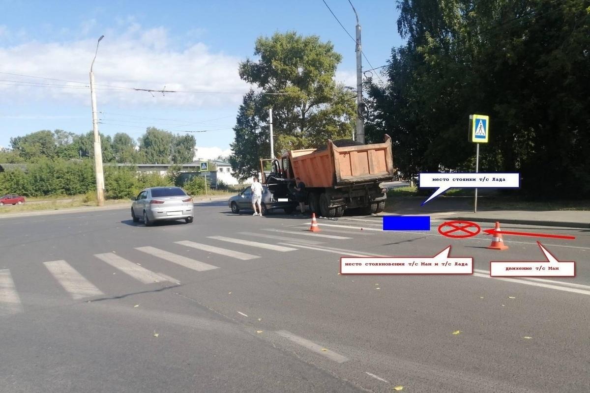 Костромские ДТП : грузовик MAN против легковой «Лады»