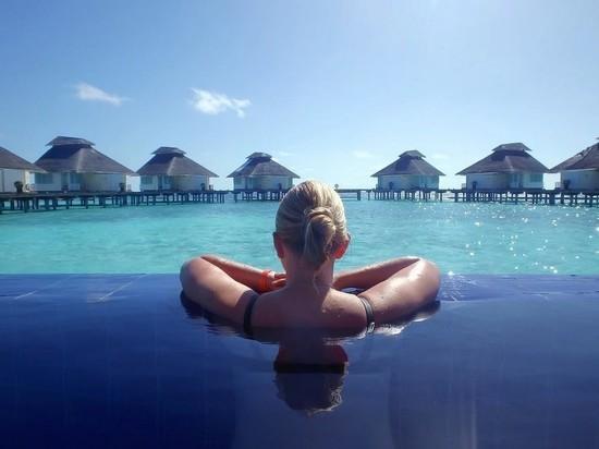 Мальдивы вводят налог на выезд с островов для туристов