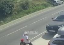 В Анапе водитель сбил шестерых пешеходов на тротуаре