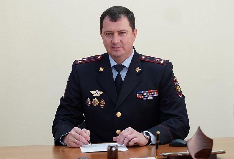 Земляки арестованного главы ставропольского УГИБДД Сафонова рассказали о его семье