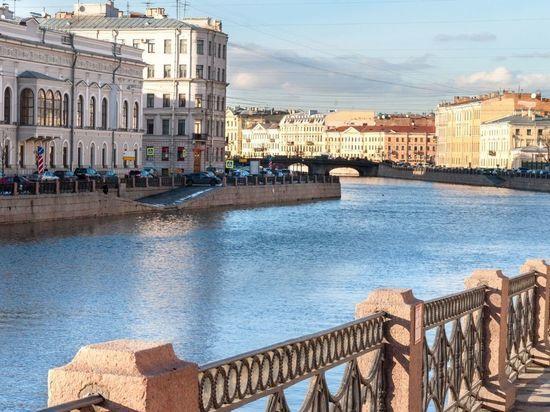 Петербург вошел в тройку регионов-лидеров по самым популярным туристическим маршрутам