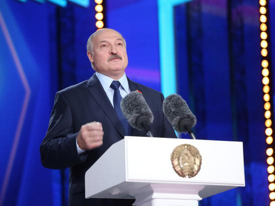 Лукашенко передал часть президентских полномочий правительству