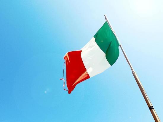 В Италии до конца 2021 года продлили режим ЧС из-за COVID-19