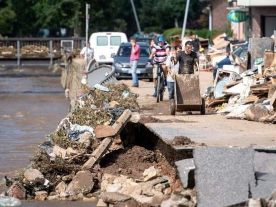 Германия: Страховщики оценивают ущерб от наводнения