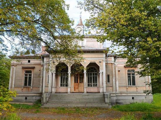 Фонд Варламова собрал 1,2 млн рублей на ремонт карельской ратуши