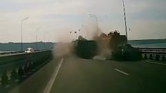 ДТП с пьяным водителем КАМАЗа в Ульяновске сняли на видео