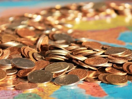 Средняя зарплата жителей Алтайского края за пять месяцев выросла на 8,4 %