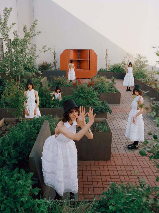 Для журнала Vogue Russia устроили съемки в нижегородском крематории