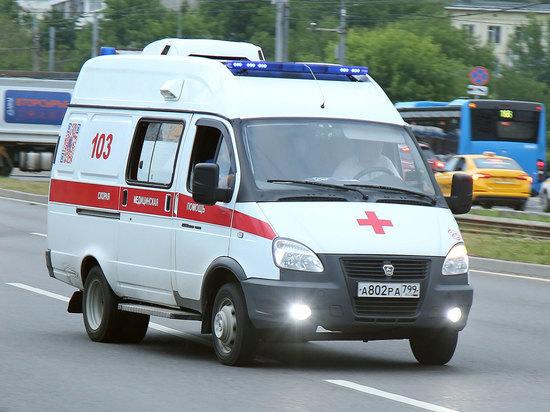 Замыкание в домофоне чуть не убило восьмилетнюю девочку при входе в подъезд на северо-востоке Москвы