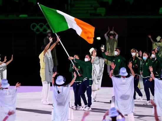 Парад спортсменов начался на церемонии открытия летней Олимпиады в Токио