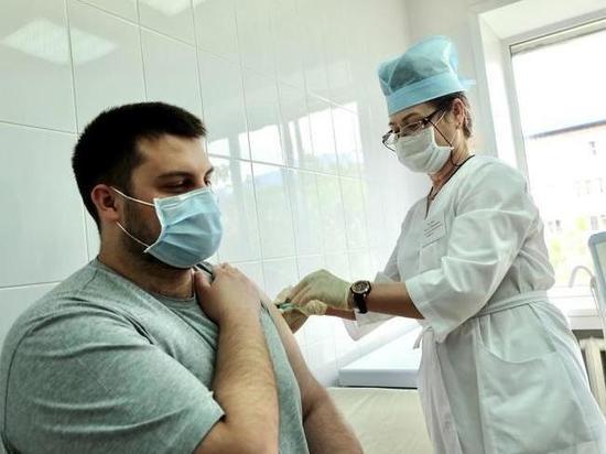 """Пункт вакцинации от COVID-19 переедет из ТЦ """"Манеж"""" в томские Зеленые Горки"""