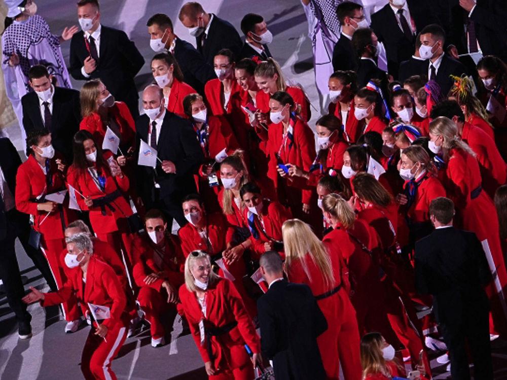 В Токио открылась Олимпиада-2020: падающие камни, дроны и протесты