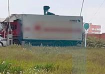 Парень упал с моста на грузовик и остался жив в Новом Уренгое