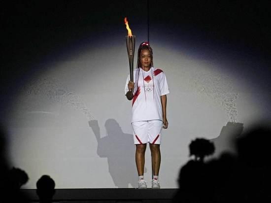 Наоми Осака зажгла огонь Олимпиады в Токио