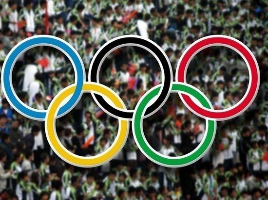 Император Японии объявил Олимпийские игры открытыми