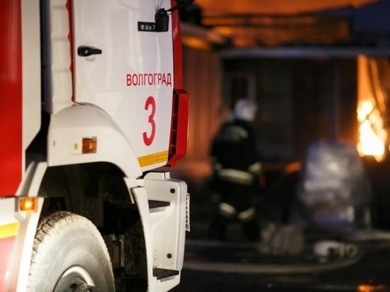 На остановке в Волгограде загорелась «Газель»