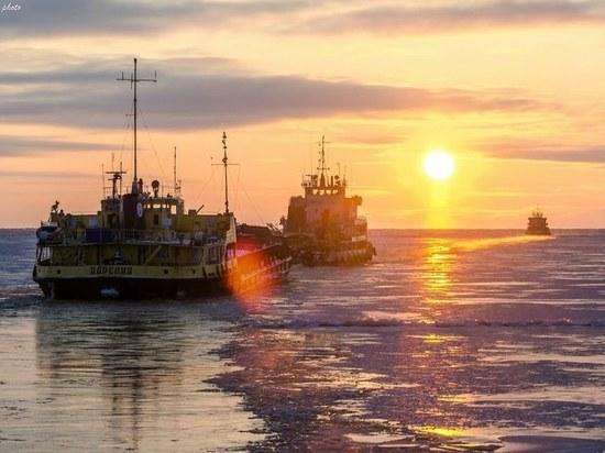 Архангельск продал очередной свой бренд — Северное речное пароходство теперь принадлежит сибирскому холдингу.